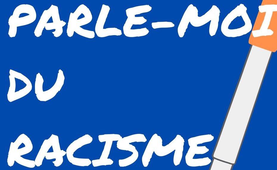 Une affiche qui montre le nom de l'atelier intitulé « Parle-moi du racisme », avec un stylo orange au fond.